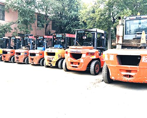 20吨设备搬运叉车出租